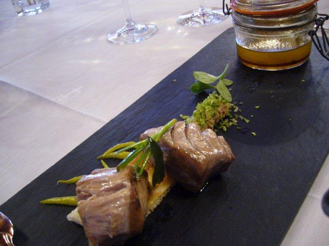 Restaurante Akelarre plato de pizarra